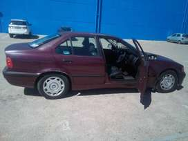 I'm saling my BMW 316i car is driving good license and paper in order