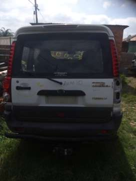 MAHINDRA SUV STRIPPING FOR SPARES
