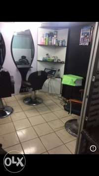 Salon/barber and nail station for rent 0