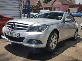 2013 Mercedes Benz C-200 automatic full service history and spare key