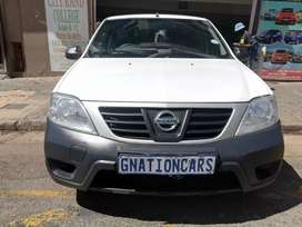 Nissan NP200 1.6i 16v canopy 2014 for SELL