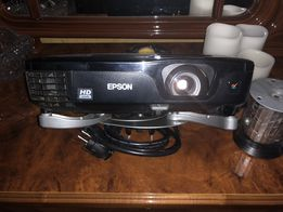 Продам проектор Epson EH-TW480 и моторизованный экран Elite 2,40x1,80