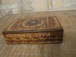 kolekcjonerskie pudełko skrzynka drewniana, rzeźbiona