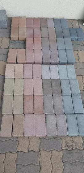 PAVING BRICKS AND SAND AND TRANSPORT