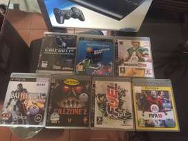 Ps3 + 7 games + 2 controllers