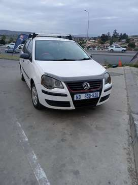 Polo 2006 model in an EXCELLENT condition