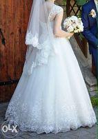 Срочно Продам или сдам в прокат свадебное платье ручной работы.