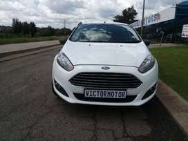 2015 Ford fiesta 1.4 manual 60 000km for sale