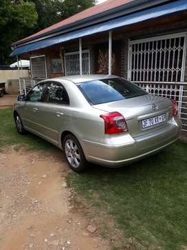 Excellent Deal Toyota Avensis 2.0 Automatic