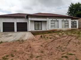Morden house for sale at Luphisi