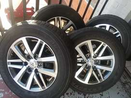 Toyota Hillux mags size 18 set with tyres still in good condition