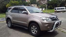 2007  TOYOTA FORTUNER 4.0 B6 4X2 MANUAL
