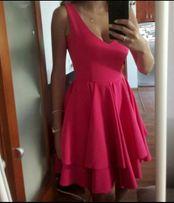 Różowa sukienka s