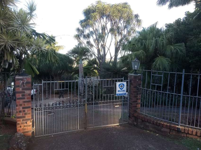 House 4 Sale, 27 O'reilly Crescent, Northdene