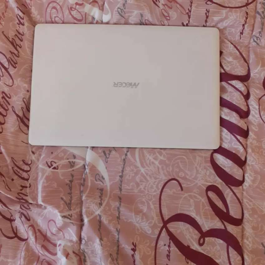 Meccer Notepad laptop 0