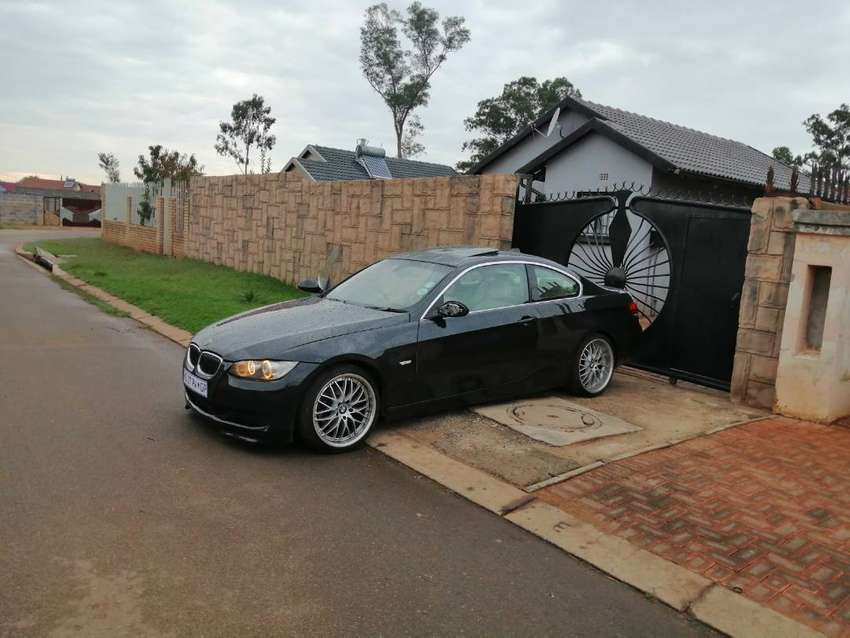 BMW 325i  E92 COUPE FOR SALE 0