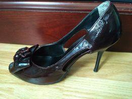 Распродажа!Летние кожаные женские туфли с открытым носком, с бантико