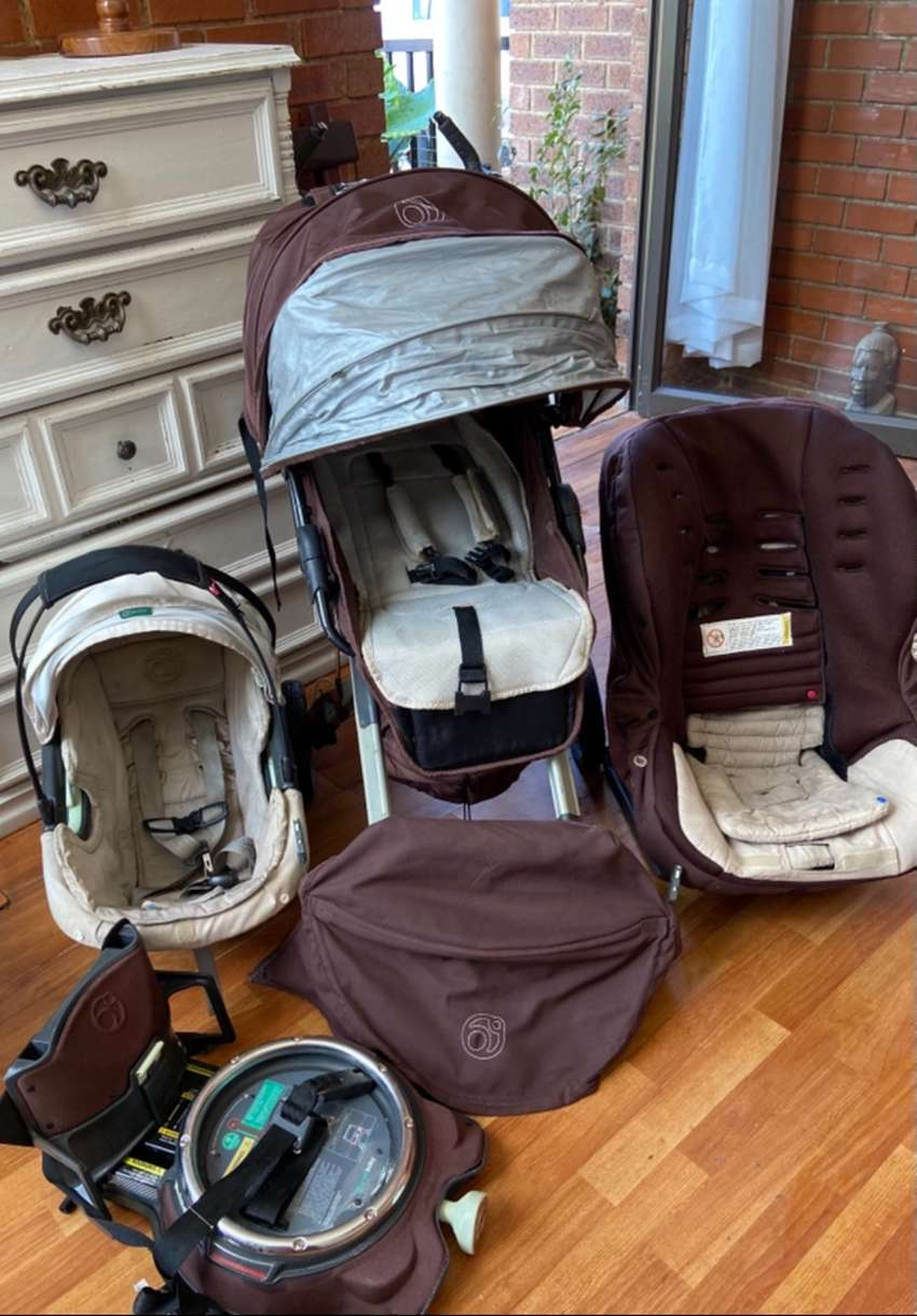 Imported Orbit baby travel system 5 in one
