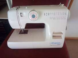 Empisal Expression 889 Sewing Machine