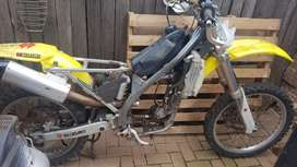 Suzuki RMZ 250 stripping for spares