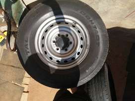 Ford Ranger 255/70R16 Continental Tyres with Rims