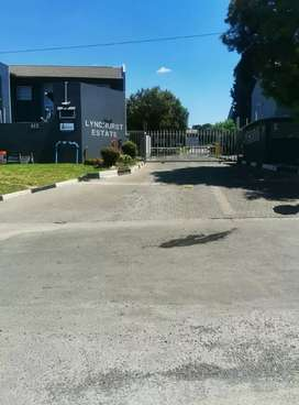BEDROOM AVAILABLE ON THE 1ST MARCH NEAR TO GREENSTONE AND MELROSE MALL
