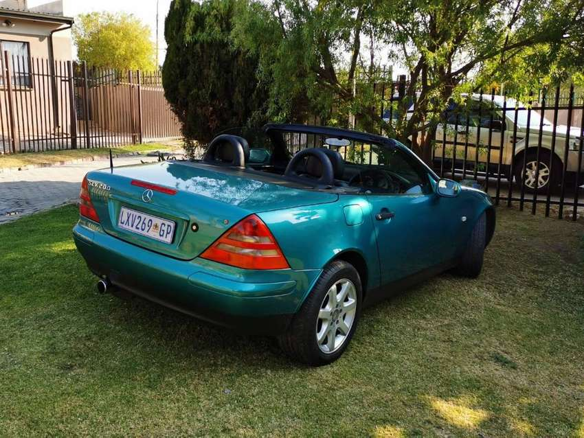 1997 Merc SLK200 as good as new. Only have 120K on the clock 0