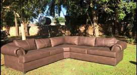 Lounge for sale R8000