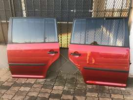 Vw Touran left and right back doors