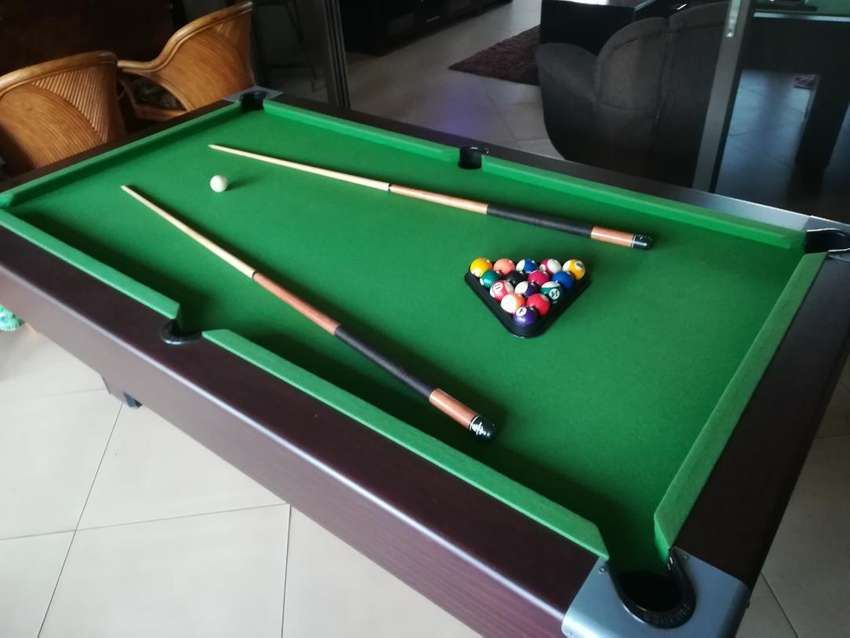 Pool table not coin operated 0