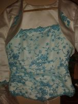 Suknia ślubna z błękitną koronka
