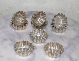 Формочки для выпекания кексов металлические СССР - 9 шт.