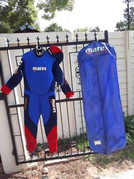 Mares isotherm semidry wetsuit