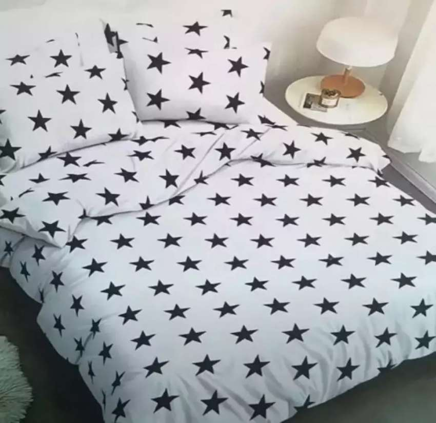 Classic Duvets and Bedsheets 0