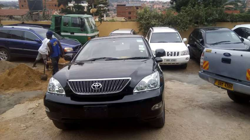 Toyota harrier ubf 2.2cc on sale at 55m negotiable 0