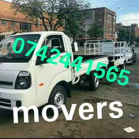 Truck and bakkie for moving