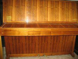 Продам пианино Украина коричневое настроенное, 1 этаж