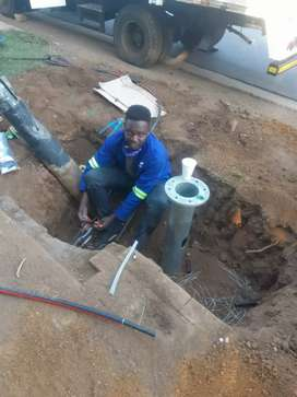 Zimbabwean electrician looking for a job, can relocate if necessary