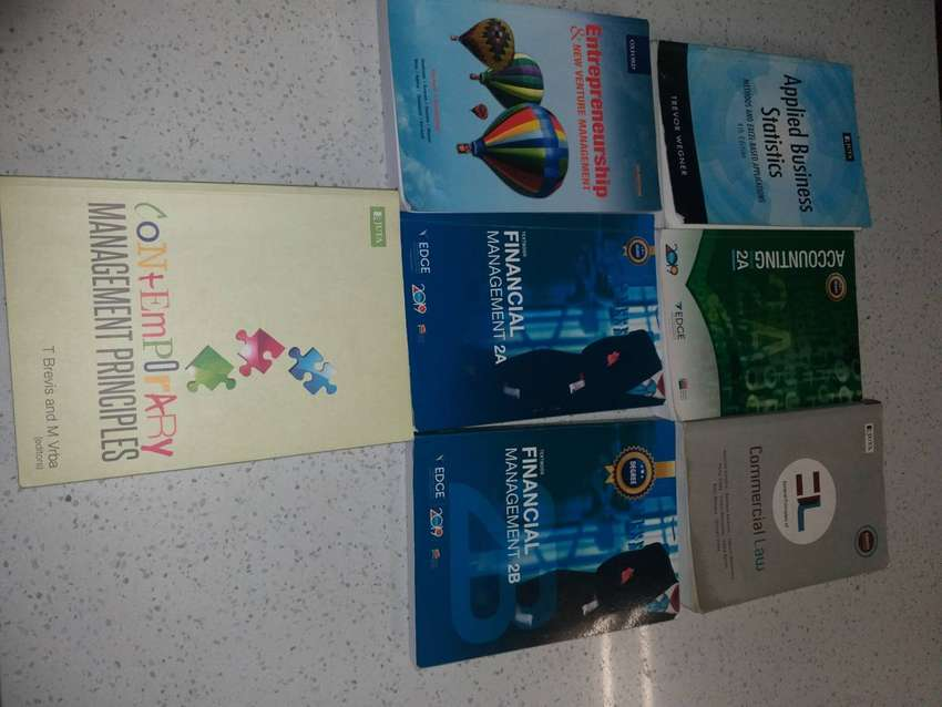 IIE Varsity College 2nd year textbooks BCOM FINANCE & ACCOUNTING. 0