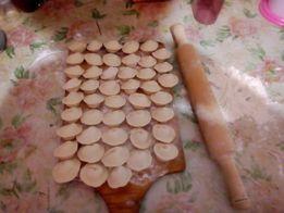 Домашние пельмени ручной лепки,котлеты,голубцы, блины,пицца,вареники