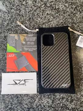 iPhone 12 cover carbon