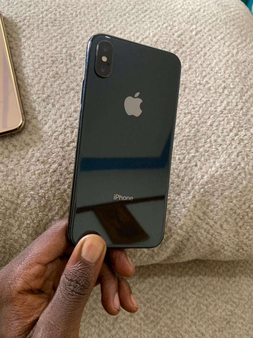 Iphone X 256GB no face id very clean 0