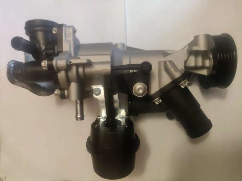 Mercedes Benz M270 engine water pumps for CLA,Aclass, 0