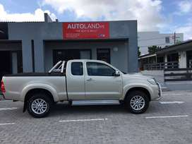 2013 Toyota Hilux 3.0D-4D Xtra Cab with loads of extras