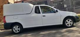 NISSAN NP200 WITH CANOPY IN EXCELLENT CONDITION, PRICE NEGOTIABLE