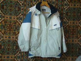 продам курточку осень-весна 50-52раз рукав-64см длина по спинке-76см