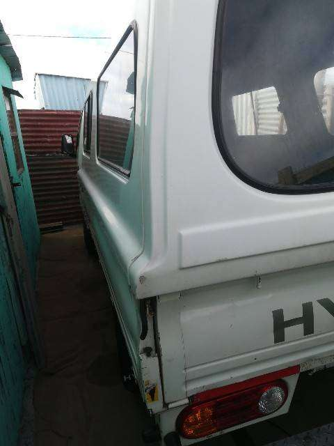 H100 Bakkie for Hire 0