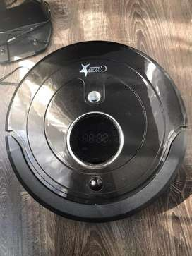 Robot Vacuum Cleaner (Great condition)