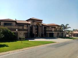 Beautiful 5 bedroom house in secure golf estate