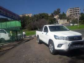 2017 model Toyota Hilux 2.4GD-6 SRX  4x4 diesel single cab